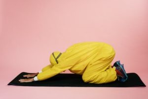 how to do child pose stretch  top 4 benefits for balasana